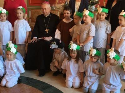 Przedszkola Caritas odwiedziły Arcybiskupa Stanisława Gądeckiego