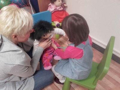 Wczesne wspomaganie rozwoju dziecka – darmowe zajęcia terapeutyczne