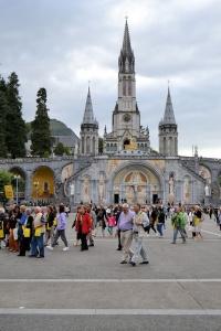 Pielgrzymka dla osób starszych, chorych, niepełnosprawnych do Lourdes zostaje odwołana