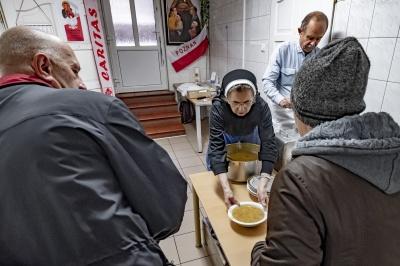 Istotne zmiany sposobu pomocy naszych Jadłodajni oraz przebiegu Śniadania Wielkanocnego i rekolekcji wielkopostnych