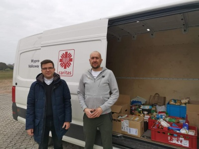 Dziękujemy za parafialne zbiórki żywności