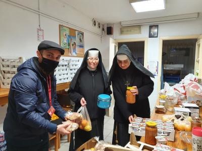 Wolontariat Caritas z pomocą dla seniorów!