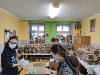 Przygotowujemy Śniadanie Wielkanocne dla ponad 1000 osób potrzebujących