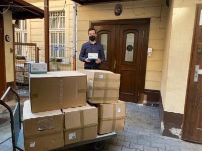 Dziękujemy Stowarzyszeniu Projekt Poznań za podarowanie maseczek dla Jadłodajni Caritas