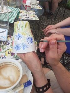 Warsztaty malowania na porcelanie dla seniorów